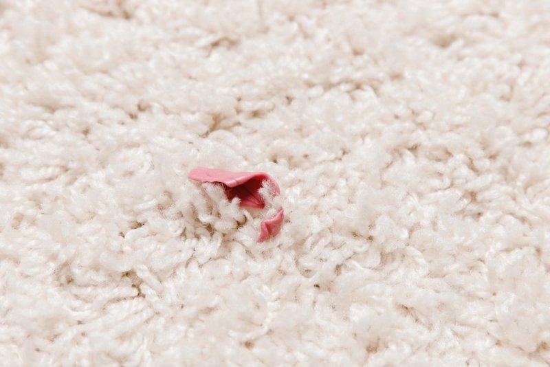 How To Remove Pesky Chewing Gums From Your Carpets & Rugs?